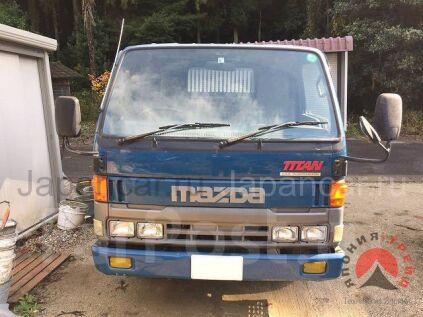 Самосвал Mazda Titan 1998 года в Японии
