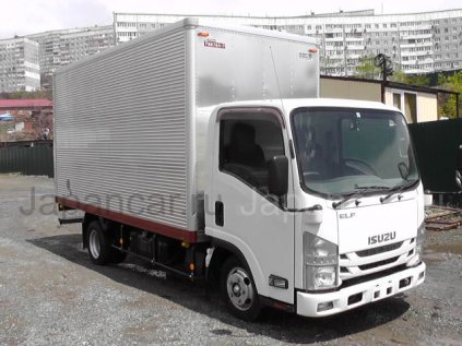 Фургон ISUZU ELF 2019 года во Владивостоке