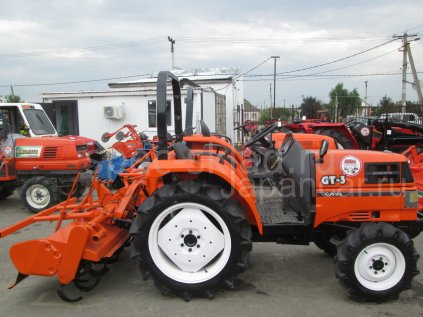 Трактор колесный Kubota GT3D 2005 года в Обнинске