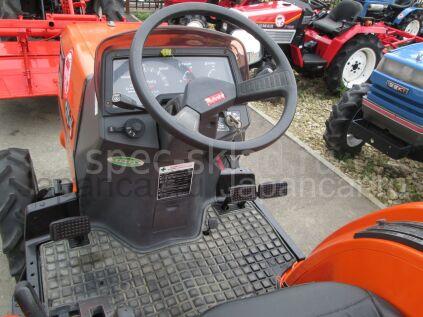 Трактор колесный Kubota GT3D 2005 года в Нижнекамске