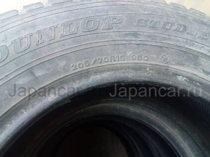 Всесезонные шины Dunlop 205/70 15 дюймов б/у во Владивостоке