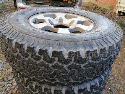 Грязевые шины Bfgoodrich 30X35 15 дюймов б/у во Владивостоке