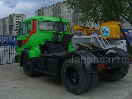 Тягач Hino 02 1991 года в Хабаровске