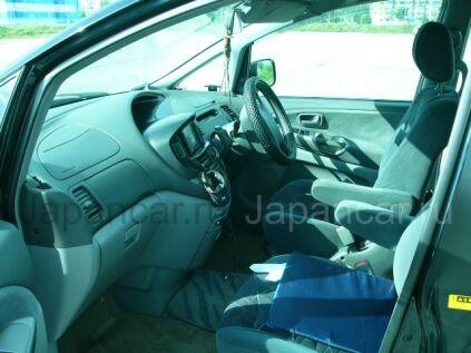 Toyota Estima 2000 года в Находке