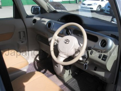 Toyota Porte 2006 года в Уссурийске