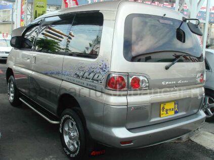 Mitsubishi Delica Spacegear 2003 года во Владивостоке