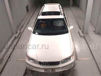 Toyota Mark II Qualis 2000 года во Владивостоке