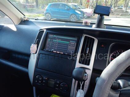 Nissan Serena 2010 года в Большом Камне