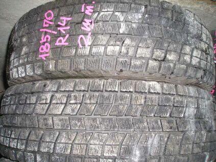 Зимние шины Bridgestone Blizzak mz-03 185/70 14 дюймов б/у во Владивостоке