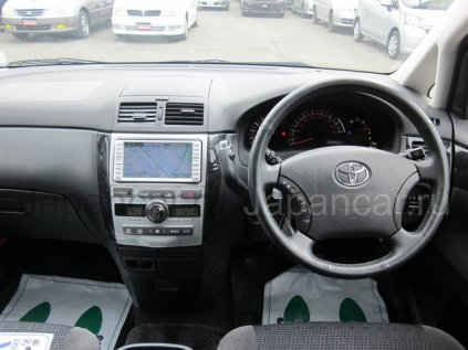 Toyota Ipsum 2006 года во Владивостоке