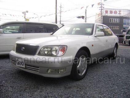 Toyota Celsior 1999 года в Японии
