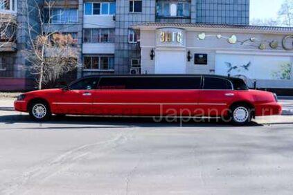 Красный лимузин в Комсомольске-на-Амуре