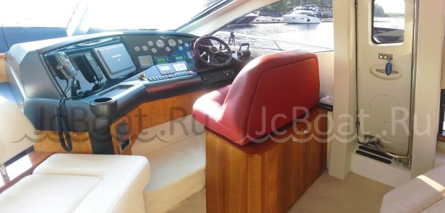 яхта моторная SUNSEEKER MANHATTAN 60 2007 года