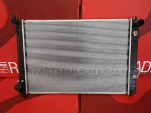 Радиатор двигателя на Infiniti M Y51