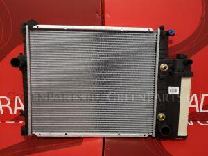 Радиатор двигателя на Bmw 5 E34