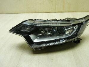 Фара на Mitsubishi Outlander