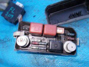Блок предохранителей под капот на Toyota Corolla AE91 5A-FE