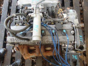 Клапанная крышка на Toyota Mark II GX81 1G-FE