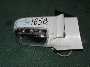Зеркало на Nissan Elgrand E51 VQ35DE