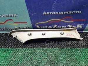 Обшивка двери багажника на Lexus RX350 GSU35, MCU38, GSU35, MCU38, GSU35, MCUMHU38, MCU30 2GR-FE 00000037647