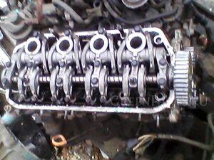 Головка блока цилиндров на Honda Civic EG D15B