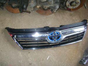 Решетка радиатора на Toyota Camry AVV50, ASV50