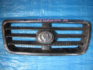 Решетка радиатора на Mazda Levante TF11W