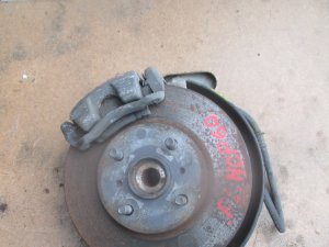 Ступица на Toyota Ist NCP60 1NZ-FE