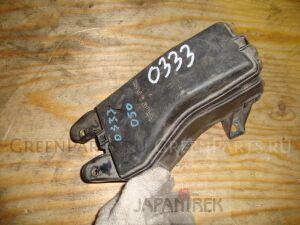 Блок предохранителей на Toyota Mark II GX115 0333