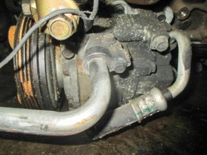 Компрессор кондиционера на Mazda Familia BJ ZL