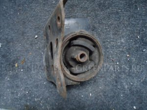 Подушка двигателя на Nissan Wingroad WFY11 QG15