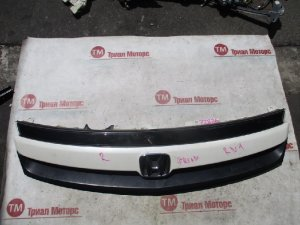Решетка радиатора на Honda Stream RN1 2 model