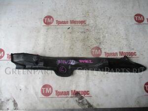 Подкрылок на Toyota Prius NHW20