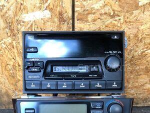 Магнитофон на Nissan Cefiro A33 PN2368D