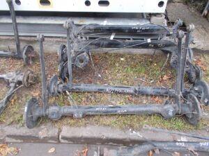 Балка подвески на Nissan WINGROAD / AD Y11