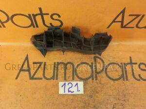 Крепление бампера на Toyota Corolla Axio NZE141 121