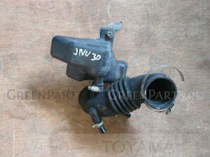 Гофра воздушного фильтра на Nissan Bassara JNU30