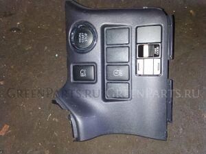 Кнопка на Toyota ESQUIRE,NOAH ZRR80