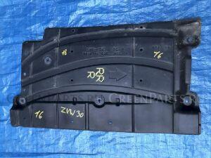 Защита двигателя на Toyota Prius ZVW30 2ZRFXE 58167-47030