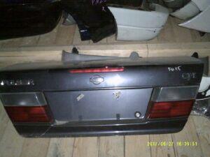 Крышка багажника на Nissan Pulsar FN15