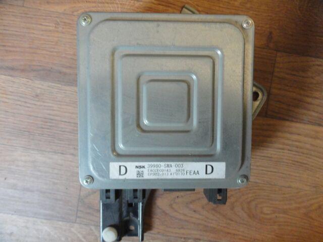 Блок управления рулевой рейкой на Honda Stream RN6 R18A 39980-SMA-003