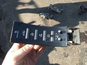 Кнопка на Mercedes-benz S-CLASS W221 M273E55 A2218701558