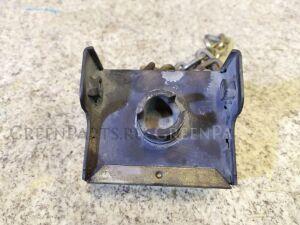 Крепление запаски на Mitsubishi Canter FB501B