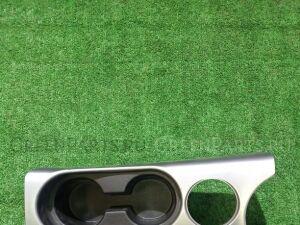 Консоль между сидений на Mitsubishi Outlander CW5W 4B12 8011A079-1