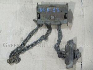 Крепление запаски на Nissan Atlas R4F23 QD32 572102T600