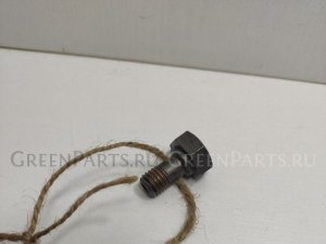 Болт на Nissan Terrano TR50 ZD30DDTI 121242W200