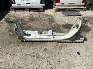 Порог на Subaru Forester SF5 EJ201 metall, 51402FC072