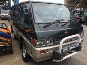 Бампер на Mitsubishi Delica P25W, P35W