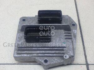 Блок управления двигателем на Opel Zafira B 2005-2012 12242190