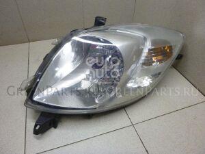 Фара на Toyota Yaris 2005-2011 811700D130